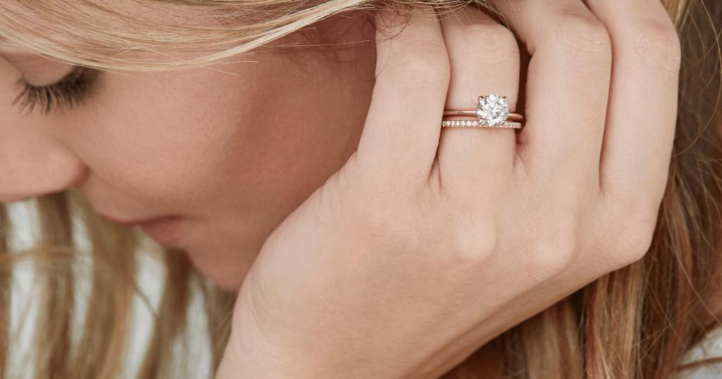 Bridal set featuring lab0grown diamonds.