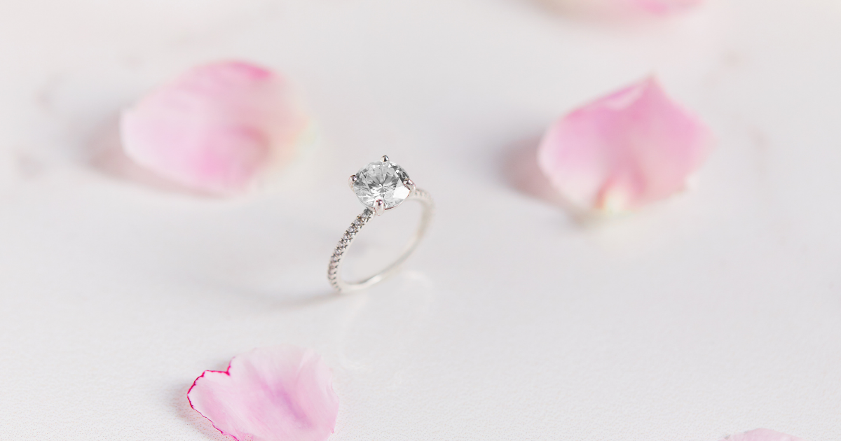 Design you dream engagement ring online today!