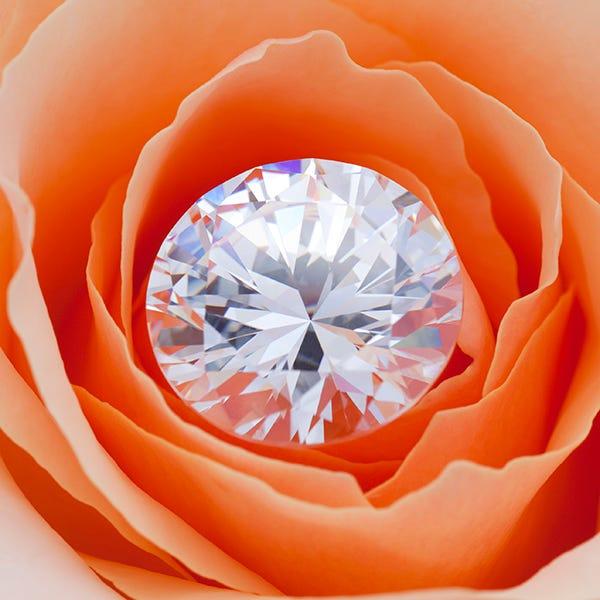 moissanite in rose