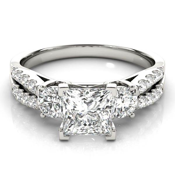 white gold princess shaped diamond ring