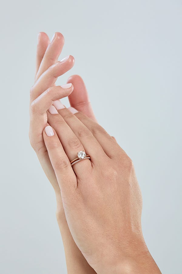 bridal set on hand